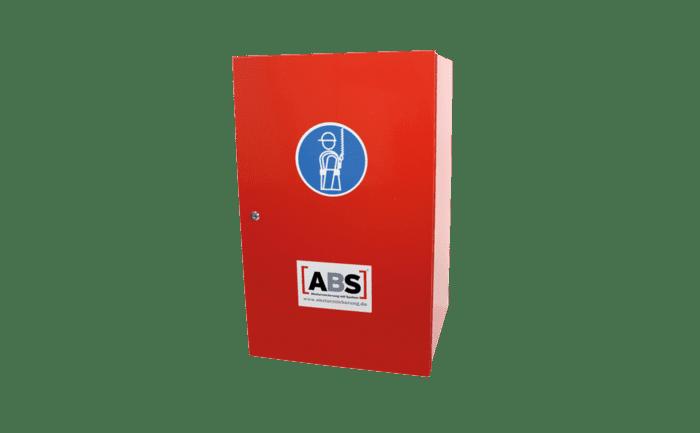 Bild eines Aufbewahrungsschrankes für persönliche Schutzausrüstung gegen Absturz.
