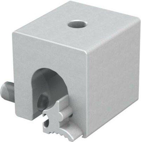 Mâchoire pour joints arrondis, en détail, pour l'installation d'une protection antichute sur les toits métalliques.