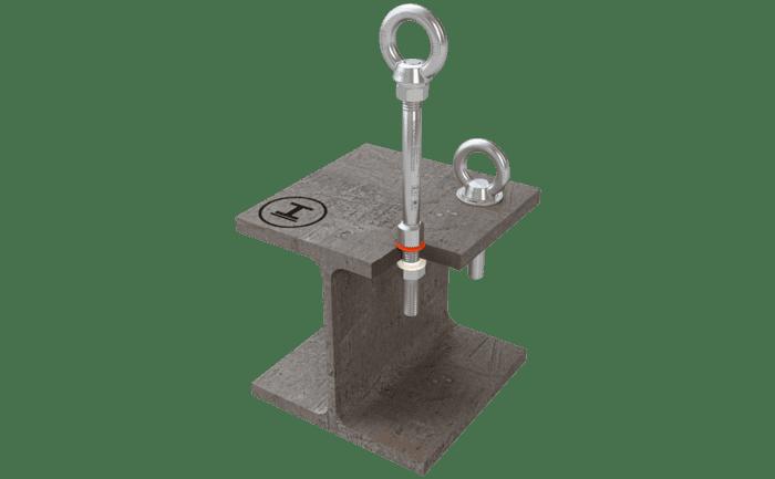 Foto van het ankerpunt ABS-Lock III-ST, bevestigd op een stalen balk.